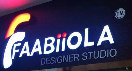 faabiiola designer studio - logo