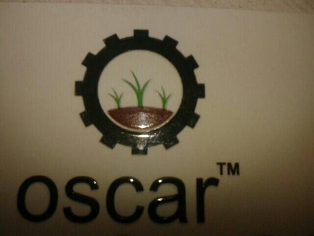 Oscar Cashew - logo